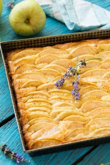 1472430486-apple-cinnamon-honey-cake-dinner-zoo-wdy0816